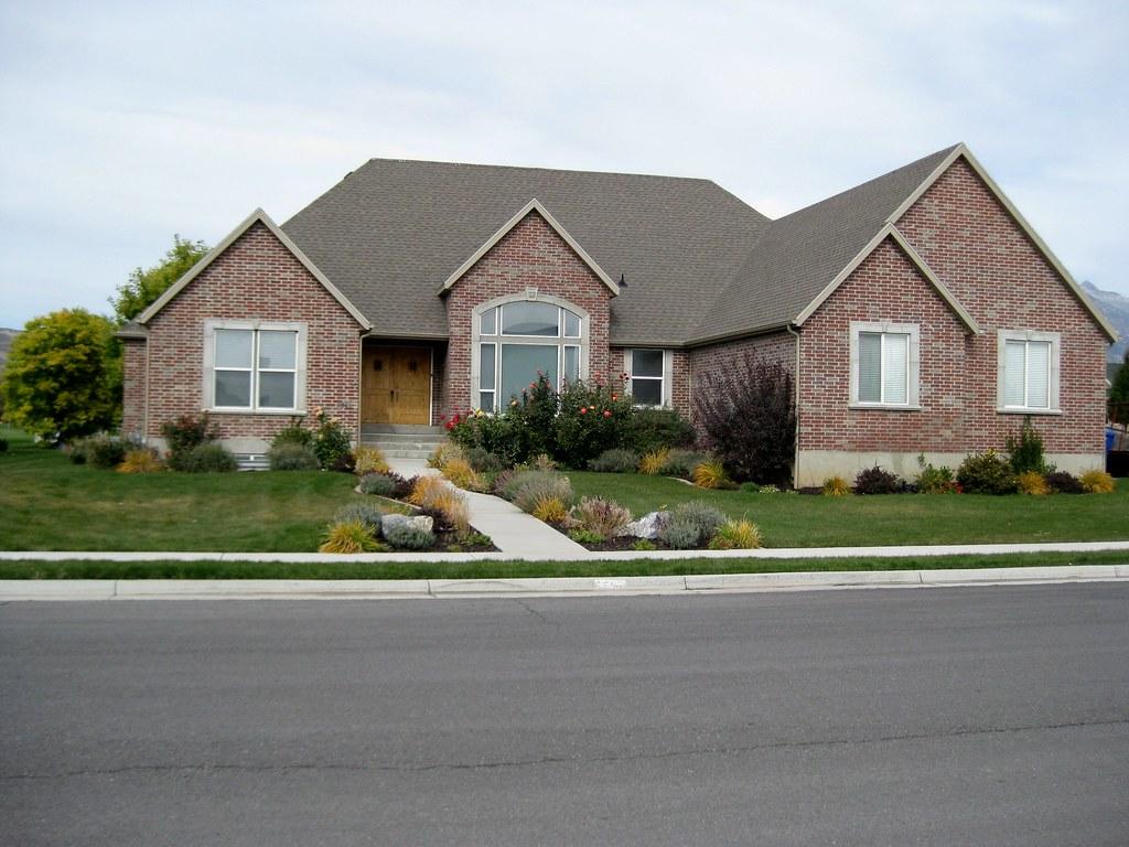 Beautiful all brick rambler for sale in highland utah for Rambler homes for sale