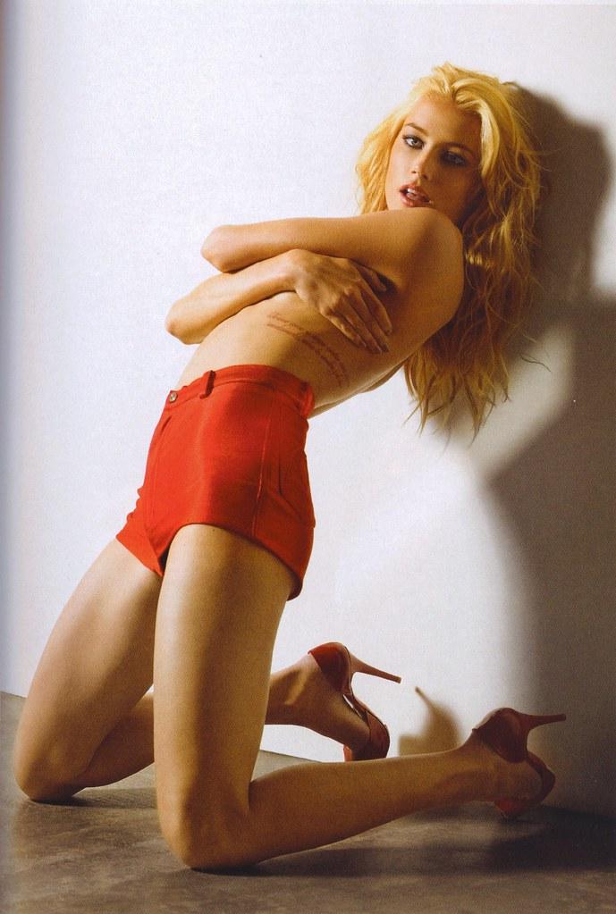 Latex fetish models