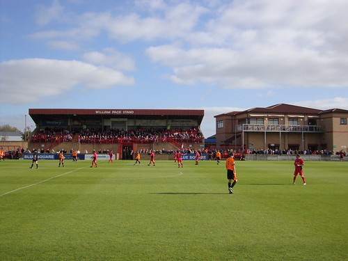 Droylsden FC | against Halifax Town in FA Cup | lawrence | Flickr