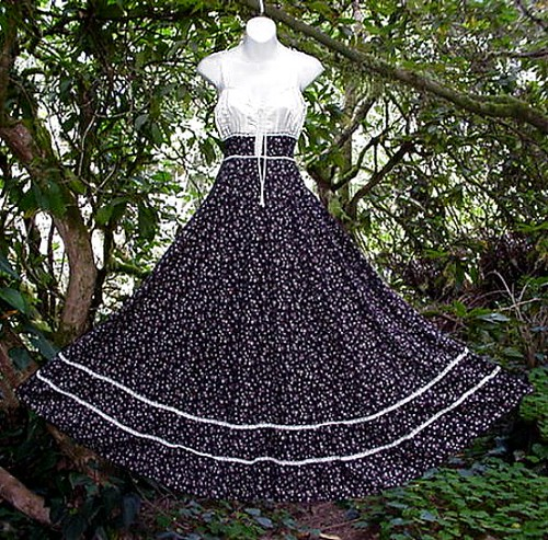 Sweeping Brown Floral Vintage Gunne Sax Gown Maxi Dress Hi… - Flickr