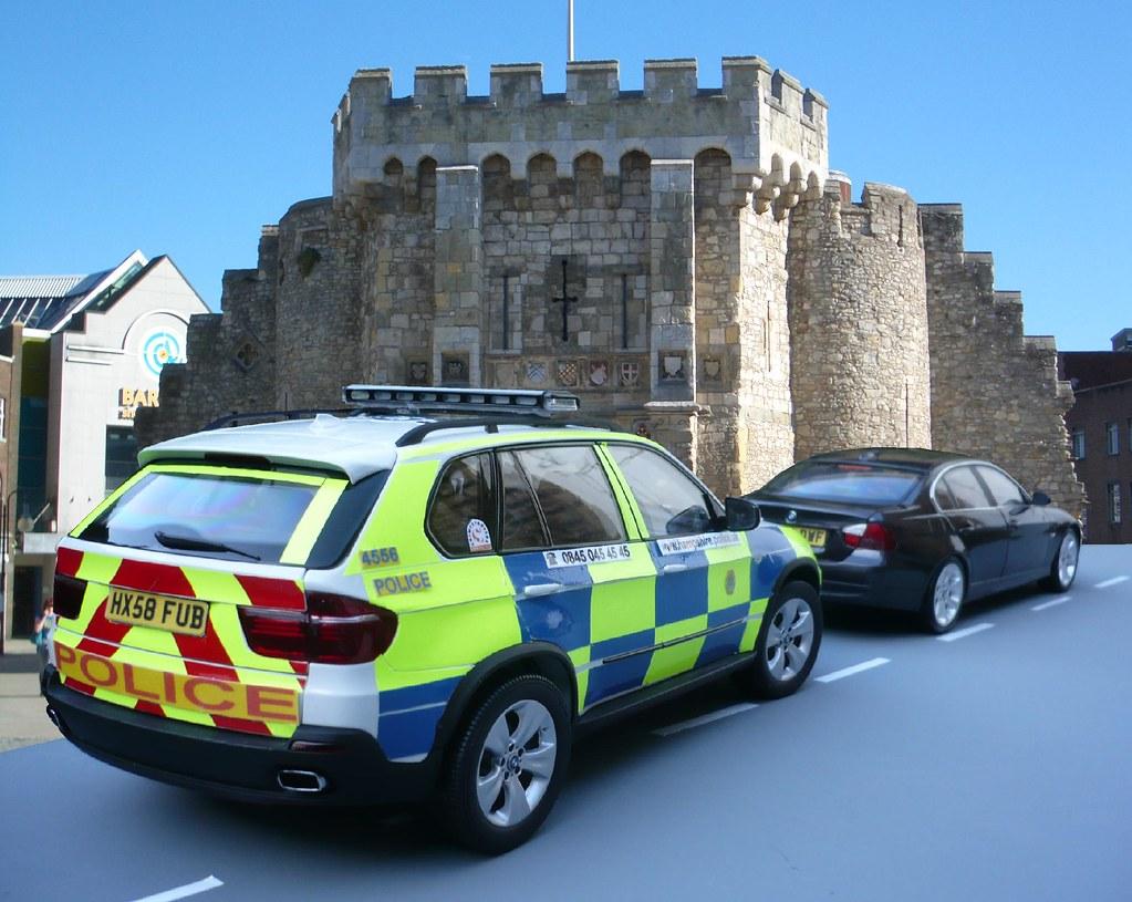 1 18 Hampshire Police Bmw X5 Traffic Car Traffic Stop Flickr