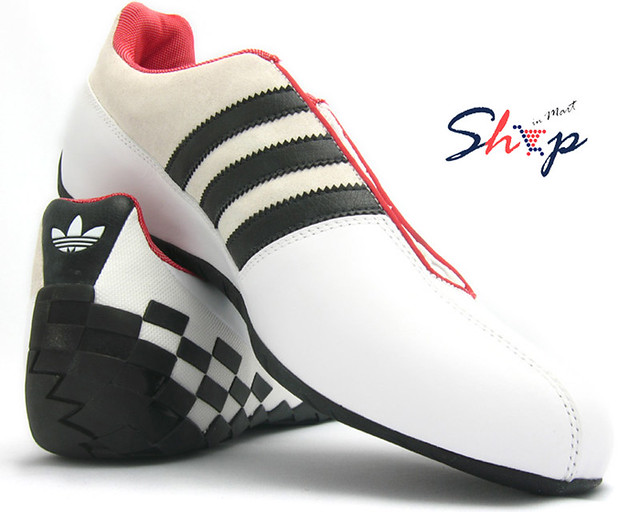 What Type Of Shoes To Wear For Driving