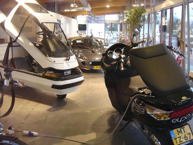 Electric Car Dealership Boulder