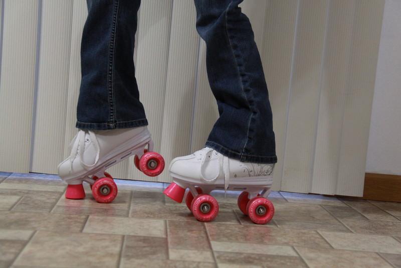 roller skates (2)