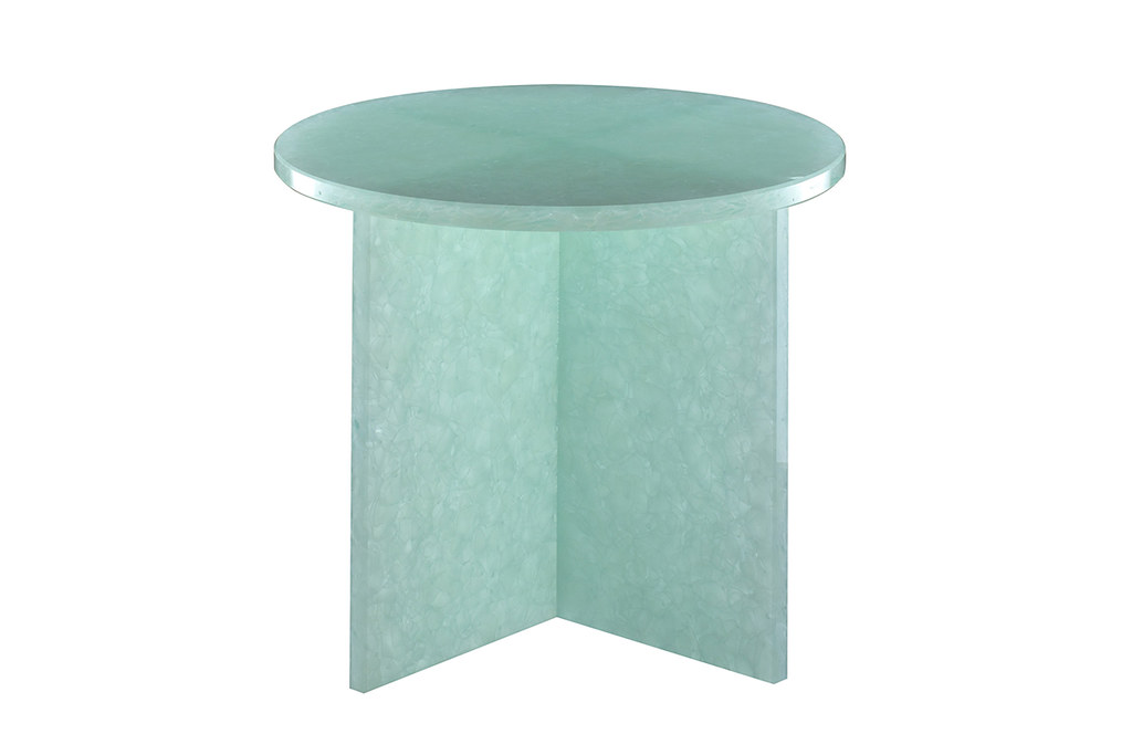 Shallow bowls and rounded coffee tables by german designer for Shallow coffee table