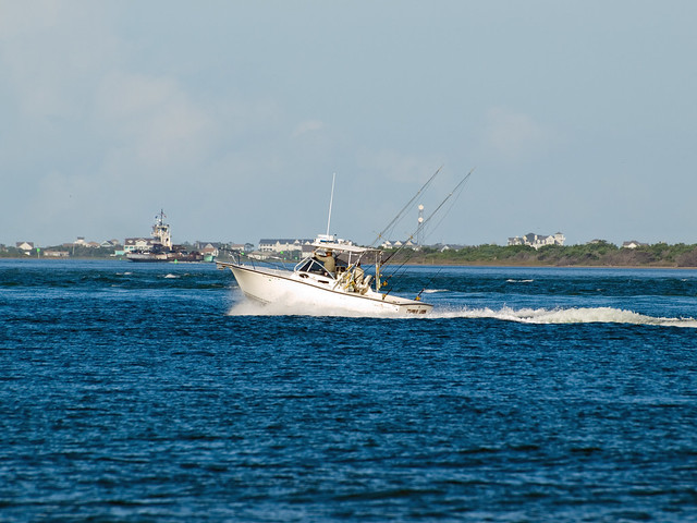 Another fishing boat on pamlico sound outer banks for Outer banks sound fishing