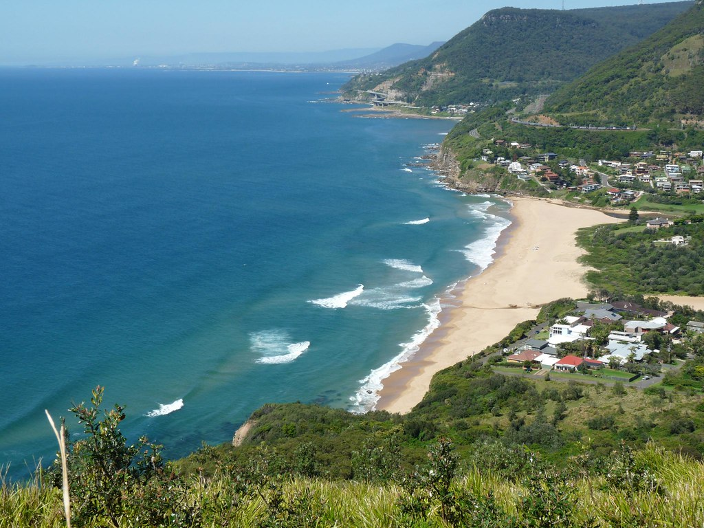 Stanwell park beach the northern most tip of wollongong ns flickr stanwell park beach by sth475 stanwell park beach by sth475 nvjuhfo Choice Image