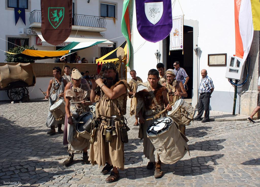 Ménestrels ou troubadours?