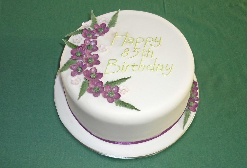 Matt Veritys Grandmothers 85th Birthday Cake I Was Aske Flickr