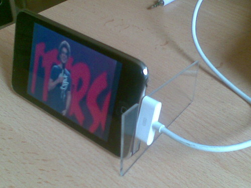 My new iPod stand, found on instructables.com | by cyberfux