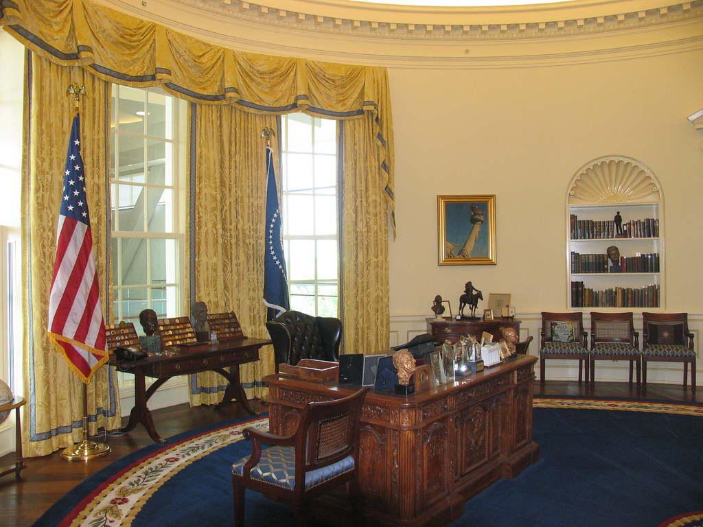 oval office desks. Oval Office, Desk 1 | By Truthout.org Office Desks