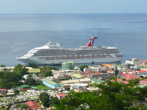 Cruise ship, Roseau, Dominica | Petchie | Flickr Ship