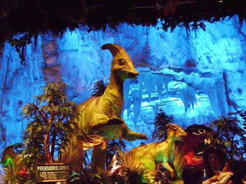 Parasaurolophus t rex restaurant walt disney world 39 09 for Disney dining t rex cafe