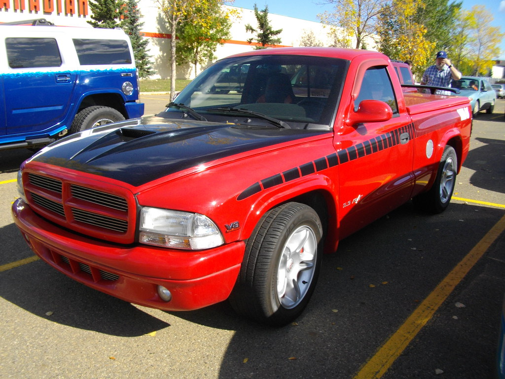 dodge dakota r t launched in 1998 with the big 5 9 l. Black Bedroom Furniture Sets. Home Design Ideas