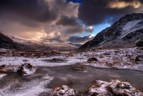 'Morning Ice' - Cwm Idwal, Snowdonia, North Wales | Kris ...