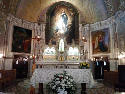 Inside the Chapel of Notre-Dame-de-Bon-Secours (6)