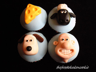 Tuesday Toppers: Wallace and Gromit Cupcakes | by jewelsb78(thefrostedcakencookie)