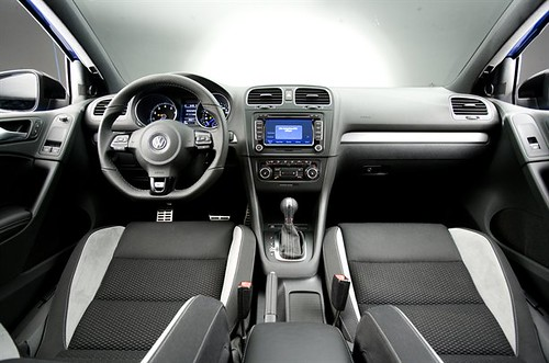 vw golf r interior front here it is at last the new. Black Bedroom Furniture Sets. Home Design Ideas
