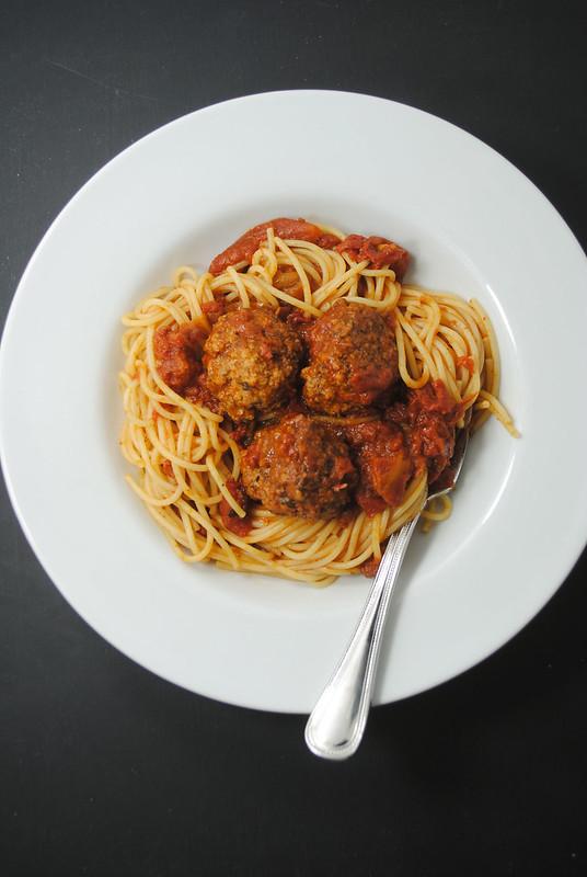 spaghetti-meatballs (2)