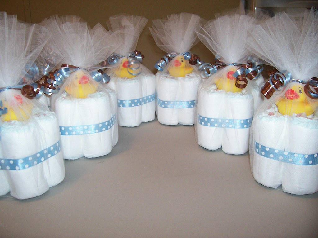 Mini diaper cakes the original mini diaper cake they for Baby shower decoration diaper cake