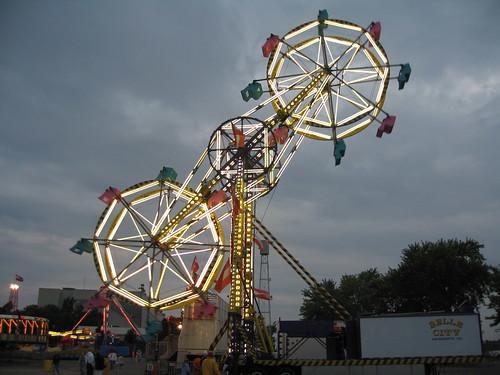 Double Ferris Wheel A View Of The Double Ferris Wheel On T Flickr
