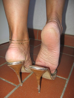 Women Love Dangling With Shoes