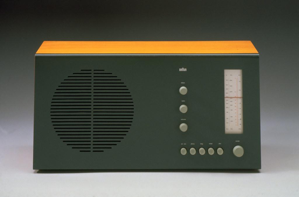 superhet vhf and medium wave radio braun 1961 designed b flickr. Black Bedroom Furniture Sets. Home Design Ideas