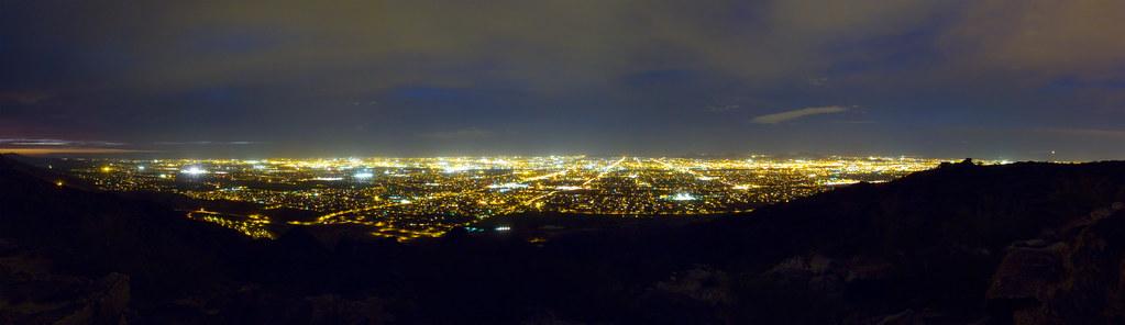 Phoenix Skyline Night | View of Phoenix, Arizona city ...