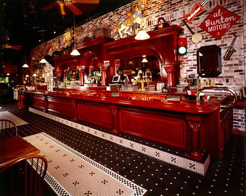 Wallace and hinz portable bar
