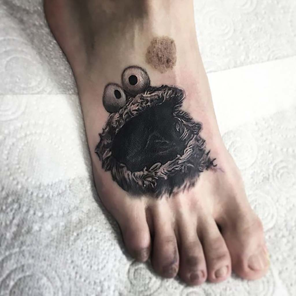 Tattoos covering up birthmarks: The most creative scar & birthmark tattoos & tattoo ideas – Cookie Monster