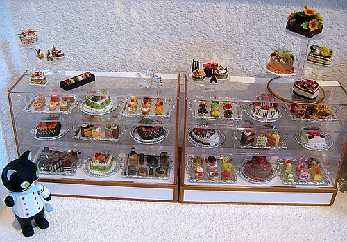Corner Bakery Cakes