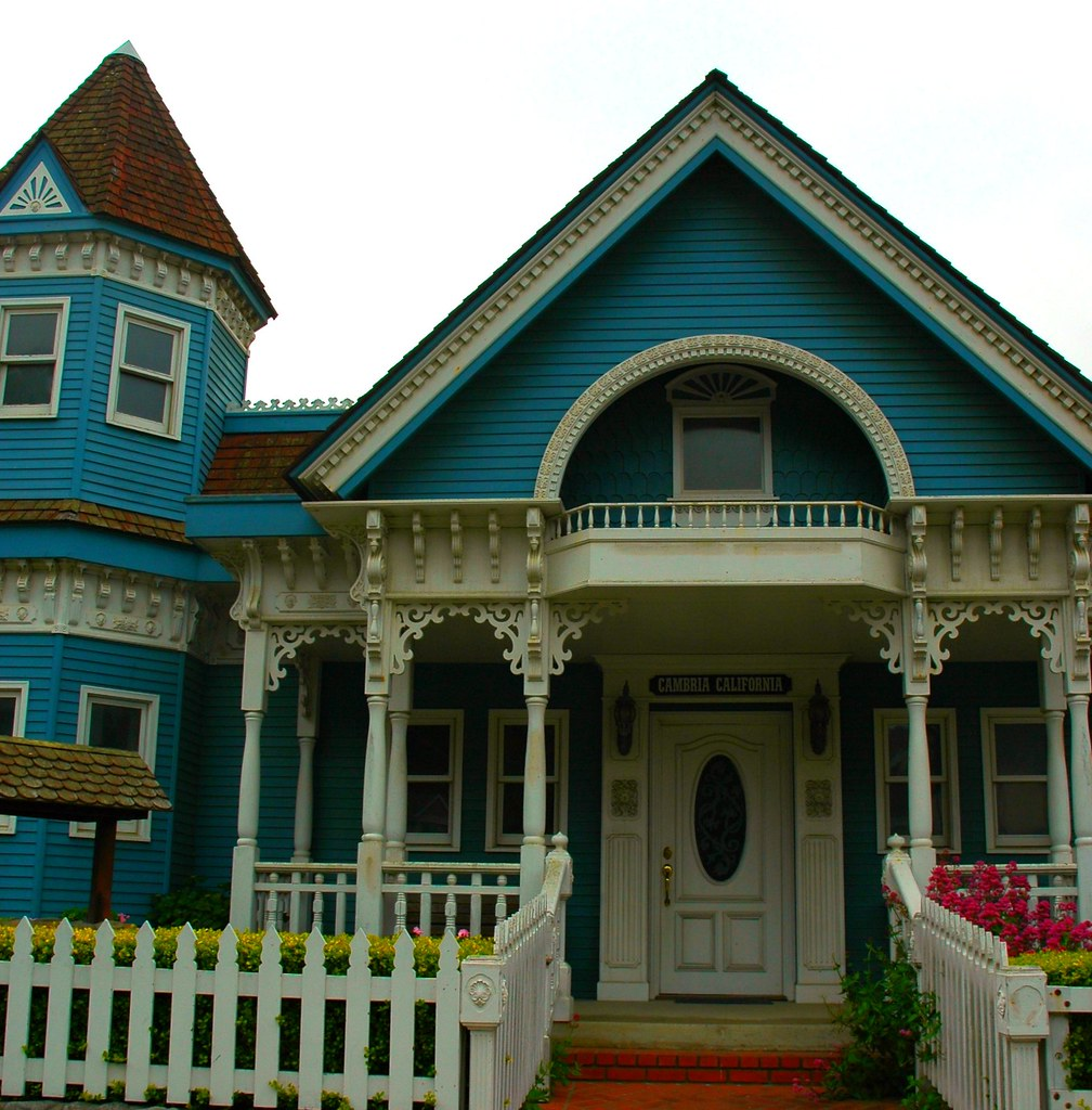 Blue and white classic victorian house cambria californi for Blue house builders