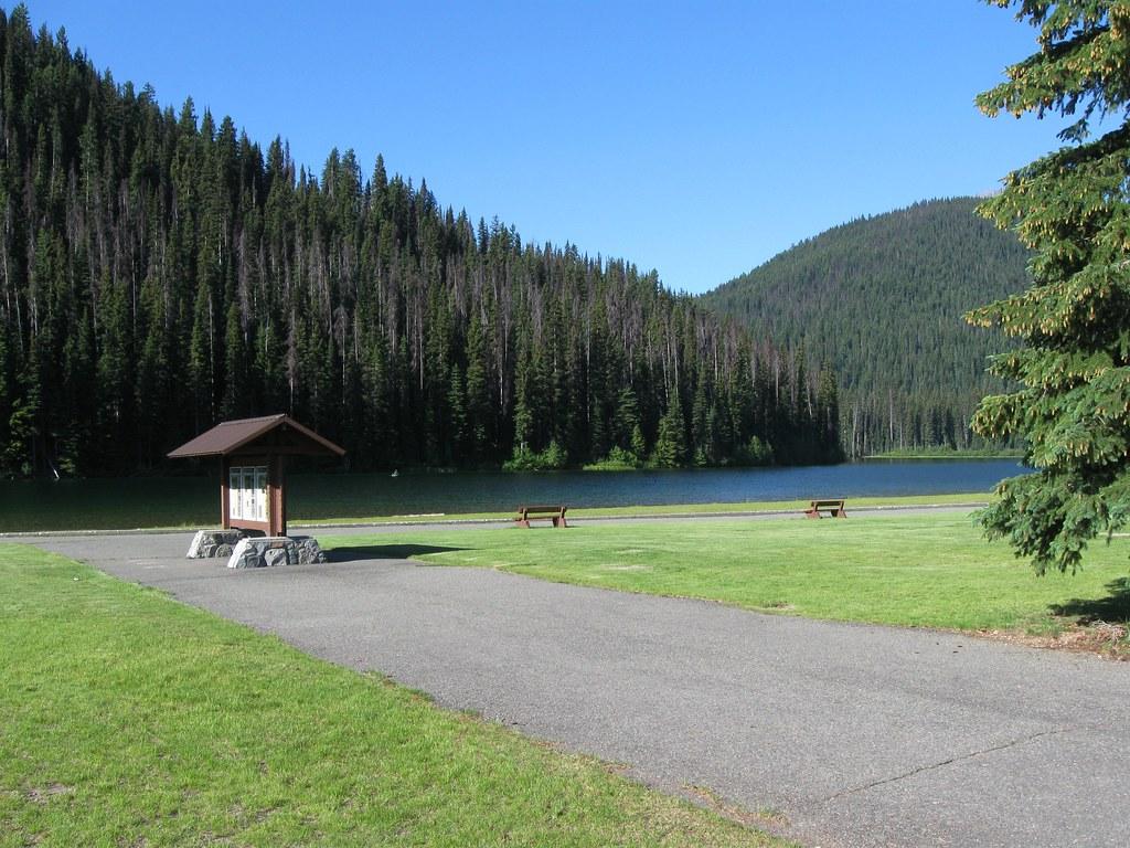Lightning Lake Manning Park E C Manning Provincial Park Flickr