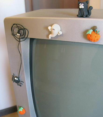 Funny and cute self adhesive halloween monitor decorations for Decorazioni autoadesive per mobili