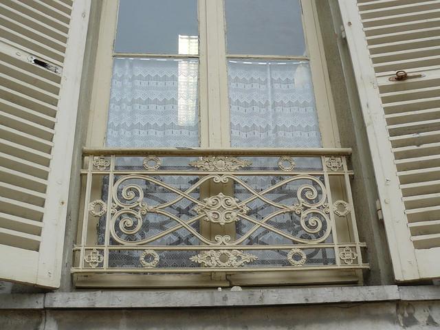 Nemours 77 balcon en fer forg flickr photo sharing for Fer forge balcon