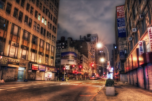 Broadway, Midtown, NYC | by WanderingtheWorld (www.ChrisFord.com)