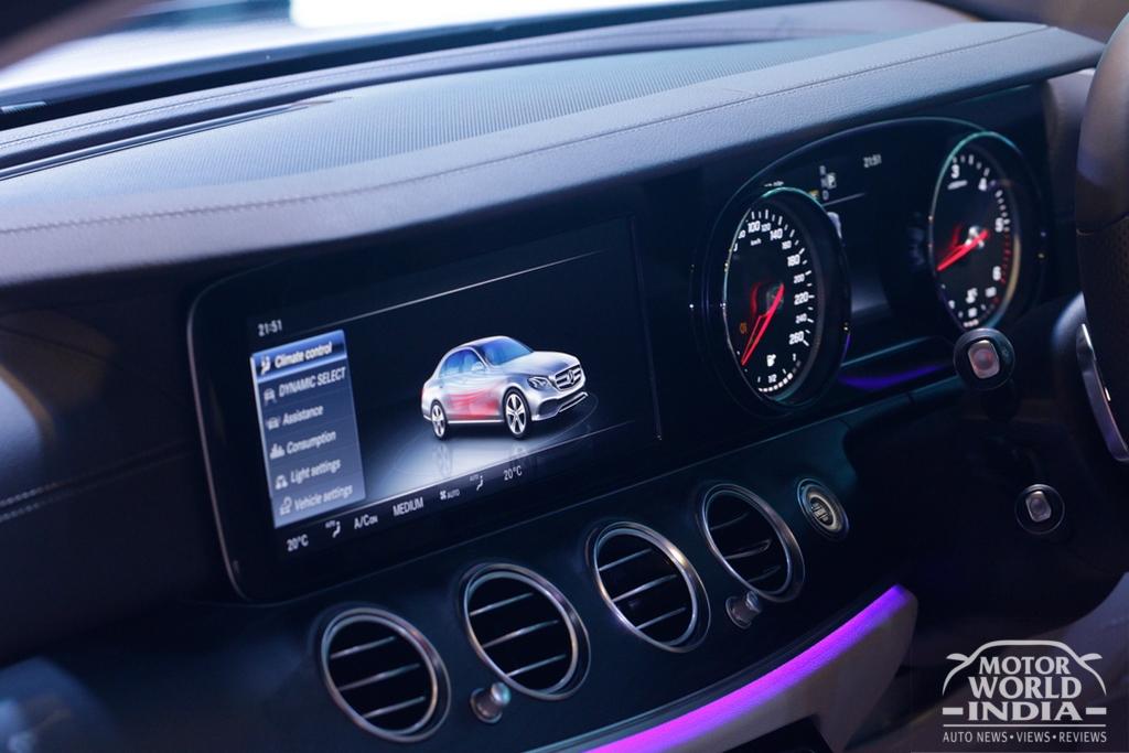 2017-Mercedes-Benz-E-Class-LWB-Interior (54)