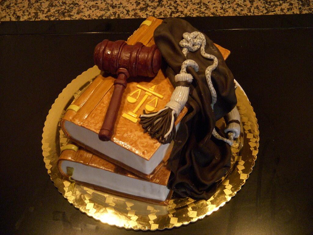 Lawyer cake | Ichigochan* | Flickr