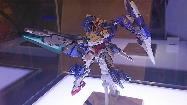 Metal Build 1/100 00 Gundam Seven Sword/G