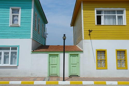 Blue, green and yellow in Ayancık | by CharlesFred