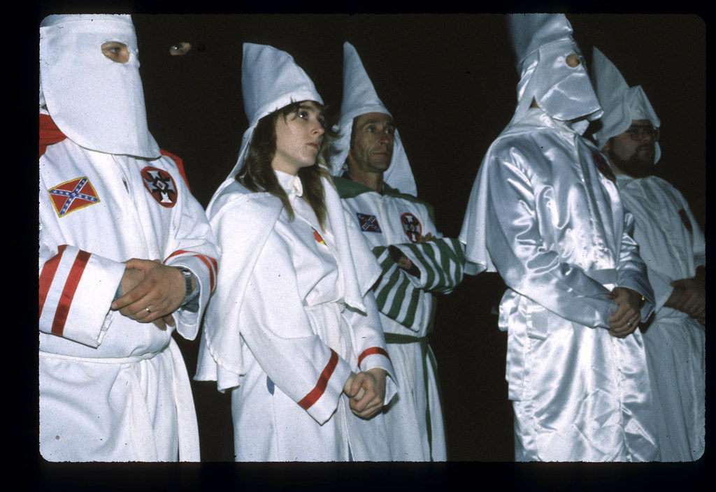 ku klux klan introduction essay The ku klux klan imagine living in a society in which friends, family and neighbors are murdered simply because of the color of their skin what did they do wrong they existed this is the.