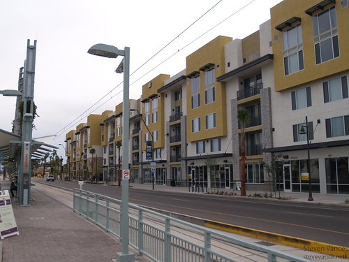 Apartments Near Metro Center Mall