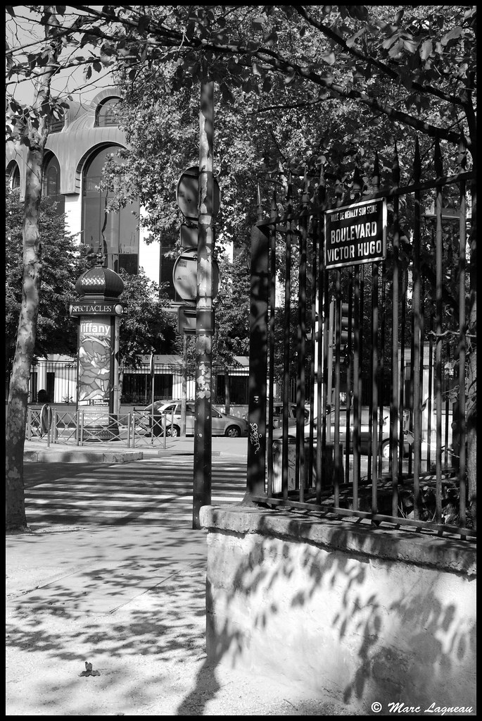 Rue victor hugo victor hugo street neuilly sur seine for Fenetre sur rue hugo
