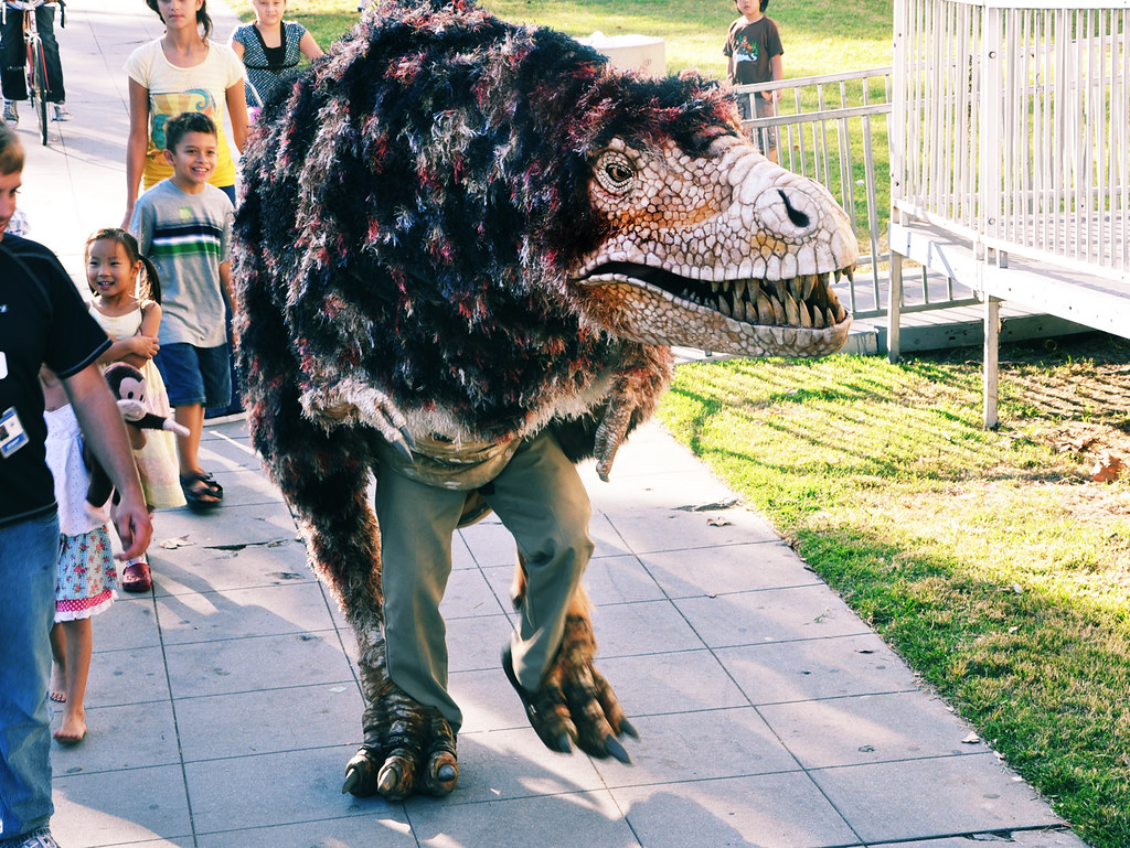 Best T-Rex Costume | This has to be the best halloween ...
