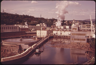 Publisher's Paper Company at Oregon City, on the Willamette River. Together with Crown-Zellerbach Corporation, This Company Led a Successful Campaign to Clean Up the River 04/1973 | by The U.S. National Archives