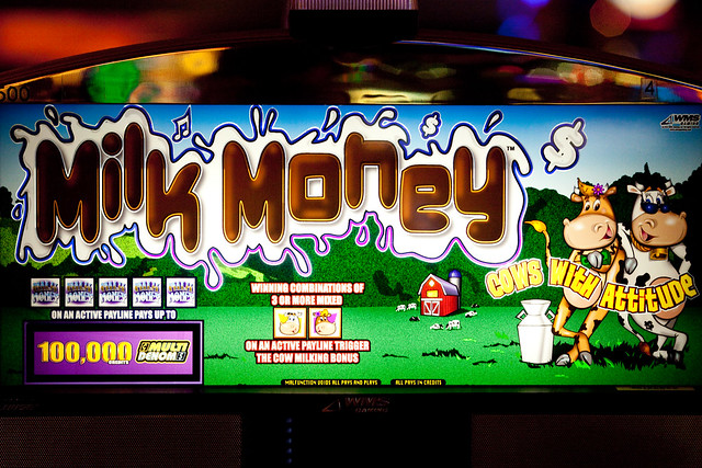 Milk Money Slot Machine