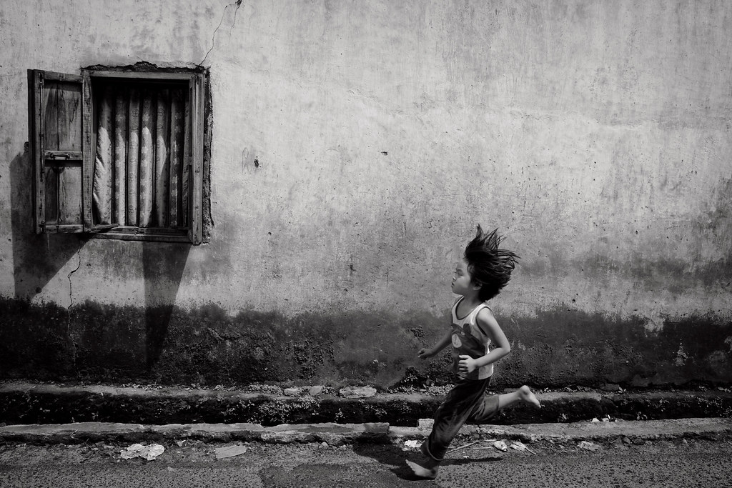 Born to run - 5 thing to do on a Street for Every Street Photographer