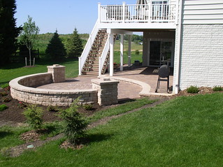 Multi Level Patio And Sitting Wall Cedarbrook Outdoor