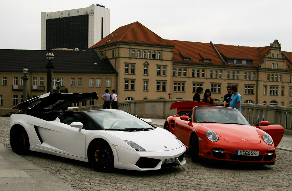 lamborghini gallardo lp 560 4 spyder vs porsche 911 turbo flickr. Black Bedroom Furniture Sets. Home Design Ideas