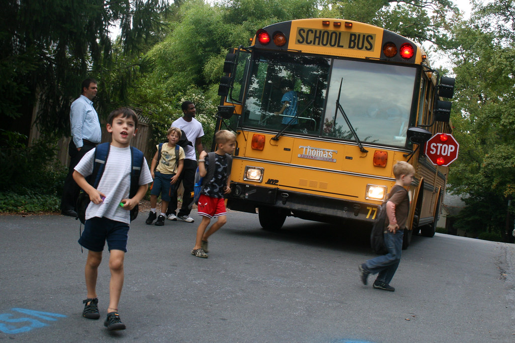 Children arriving home from school